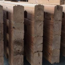 県産木材でつくるログハウス